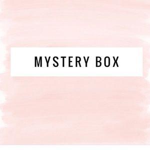🆕Makeup Resell Box (10 Items)